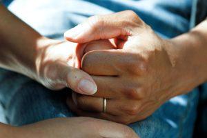 Hållande händer